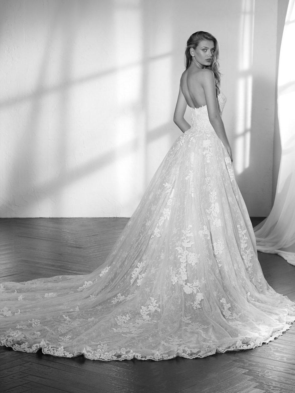 ada6fa961a ZELANKA - DK Wedding